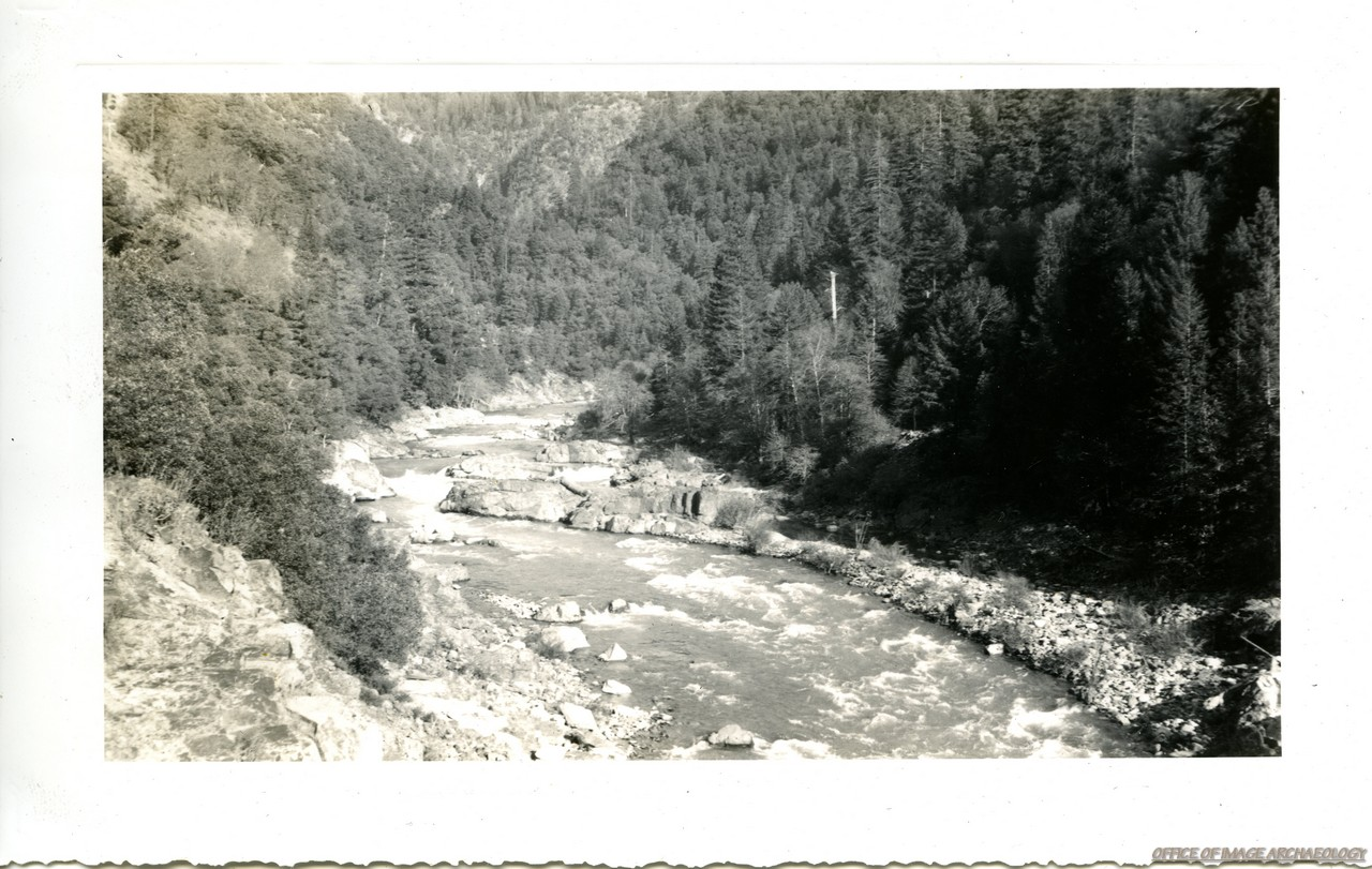 DOWNIEVILLE CA MOUNTAIN SCENE