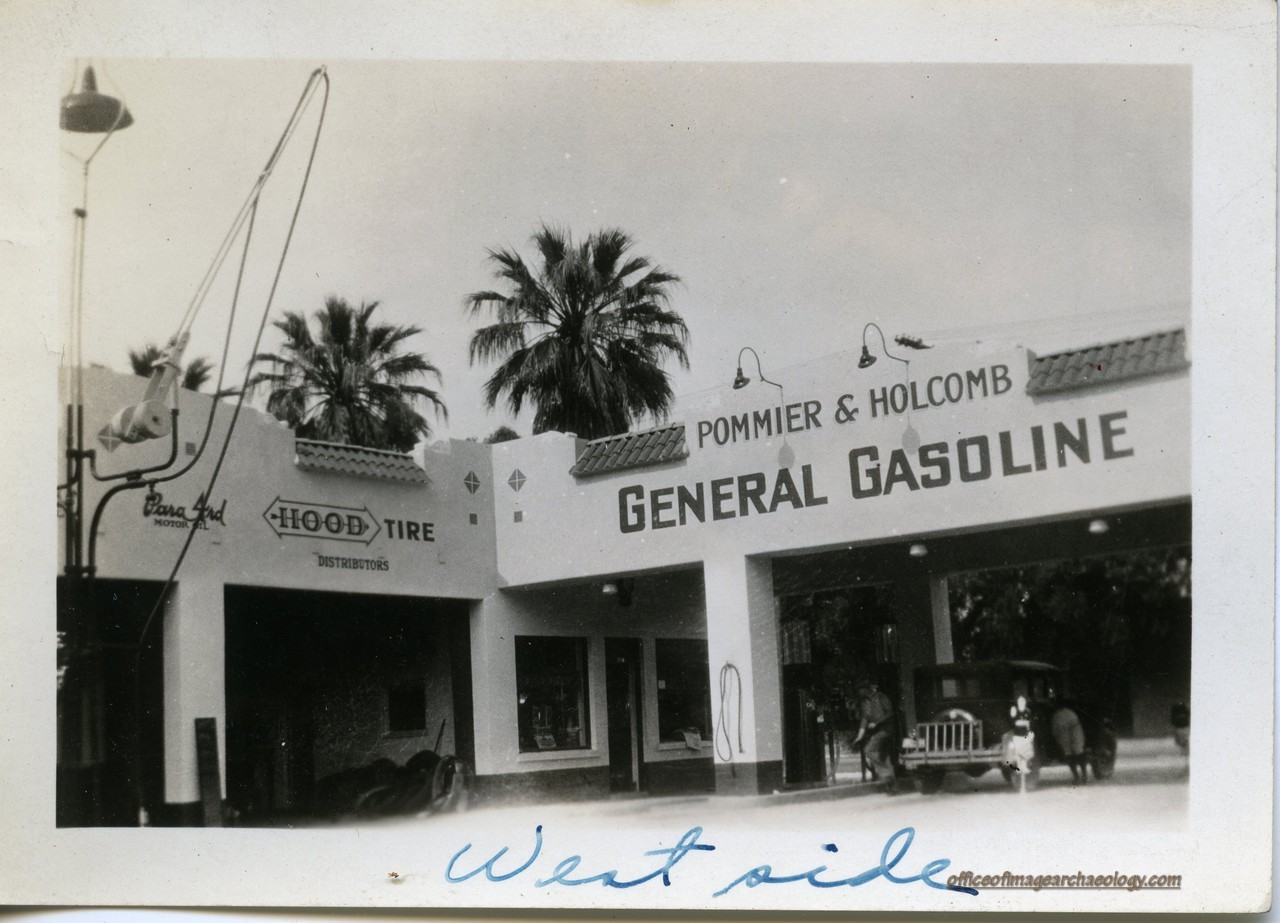 Florida Gas Station 02