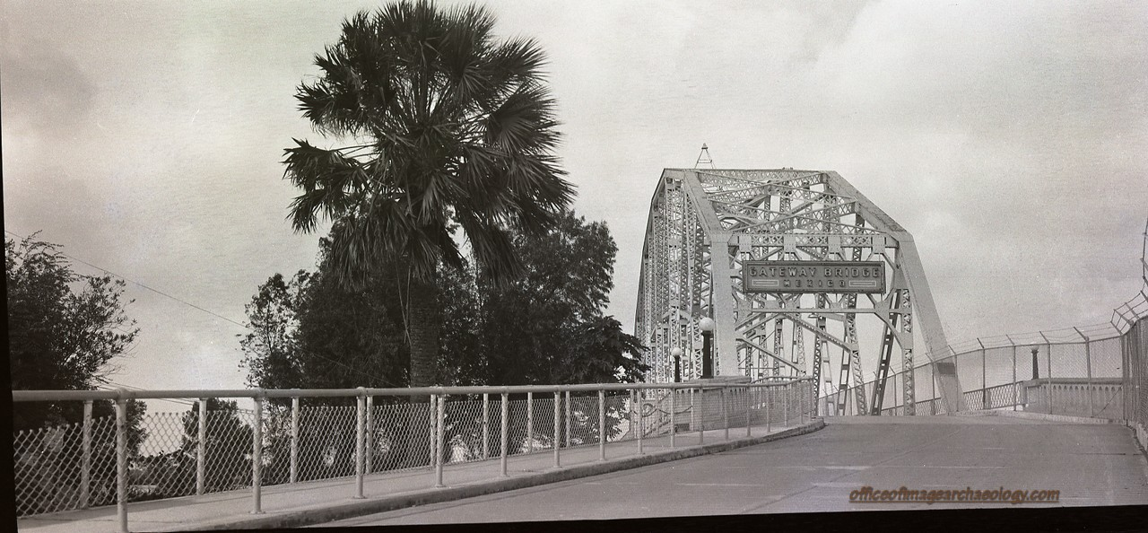 MEXICO GATEWAY BRIDGE 1930'S