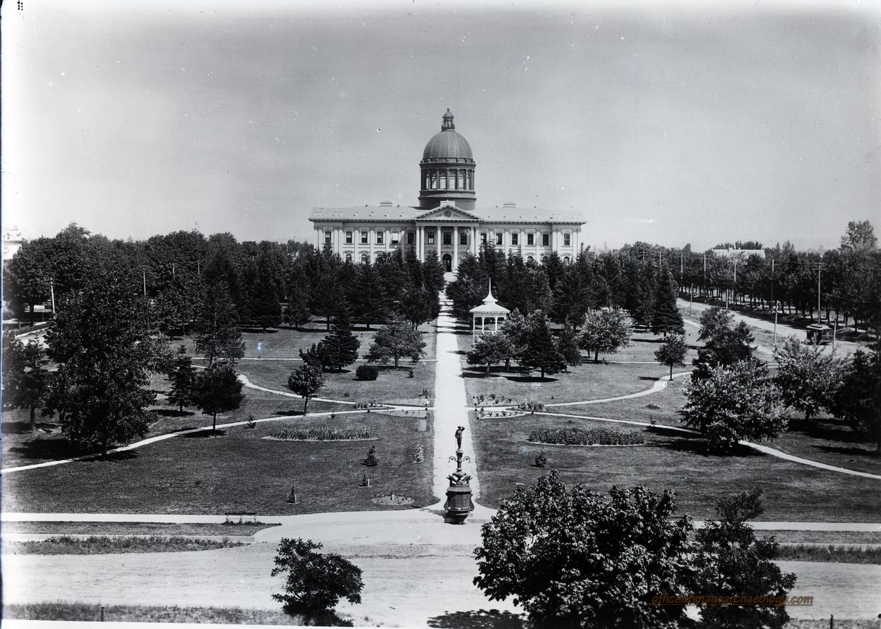 OREGON 1st Capitol Building