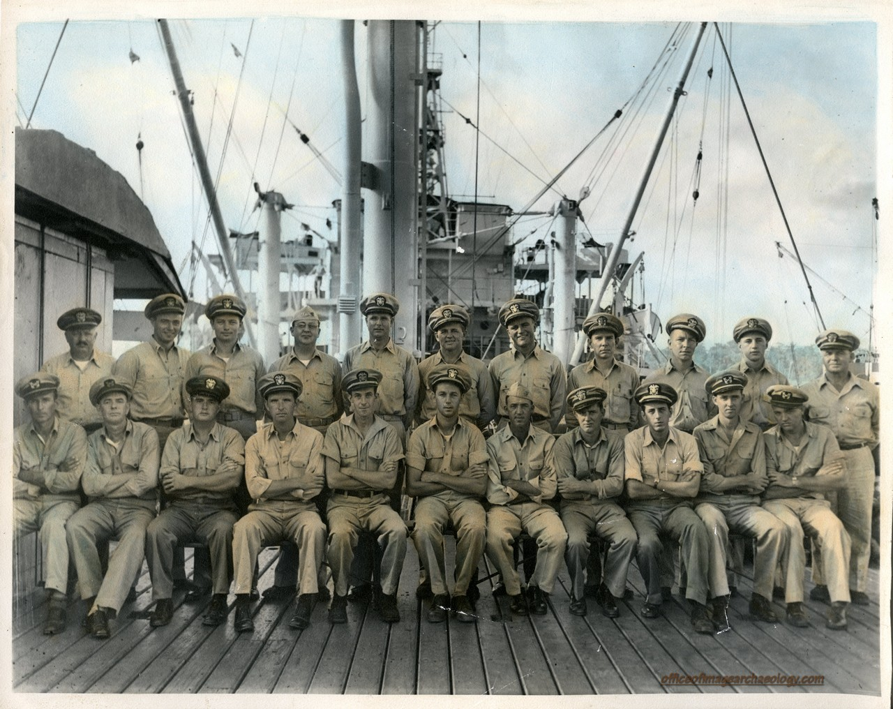 Unkown SHIPS CREW 1945 a