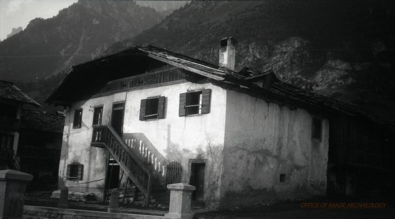 Italy328