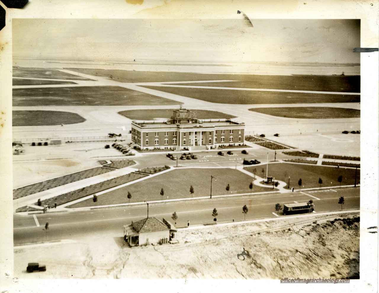 photo of floyd bennett field 1936