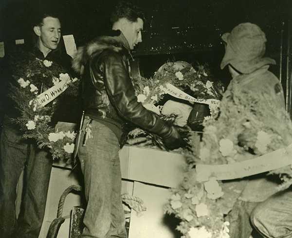 crewmemorial1952b.jpg